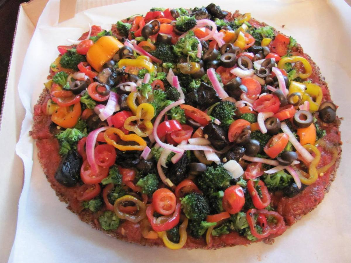Dr. Bobby's Rockin Raw Vegan Pizza
